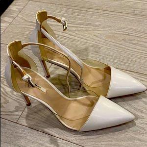 Beautiful Zara white/clear heel